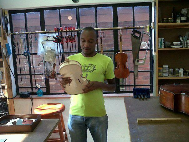 Photo - Innocent Mokoena - Instrument Repair 2012